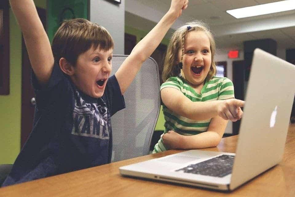 2 avantages des cours en ligne pour les enfants 1