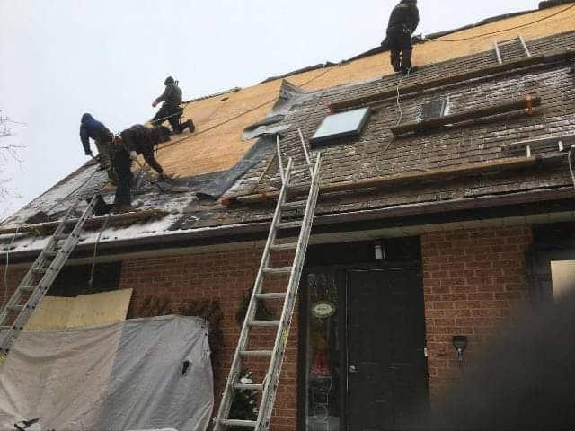 Quels sont les petits travaux annexes dans l'entretien de toiture? 1